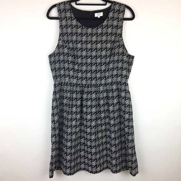 26e742f3e Crown & Ivy Dresses & Skirts - Crown & Ivy Black White Houndstooth Dress ...